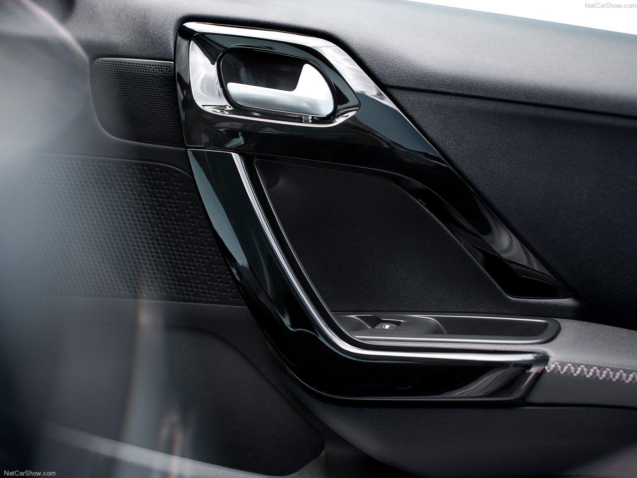Peugeot-208-2013-1280-4a